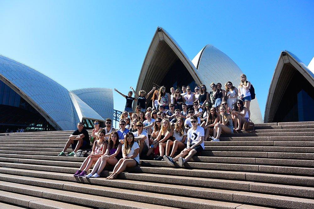 Oz-Gap-Year-Australia-Paid-Work-Aussie-Adventure-Sydney-Adventure-Ultimate-Oz-Gap-Year-Grabatour-Travel