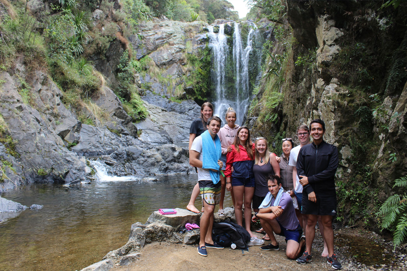 Northern-New-Zealand-Trip-Gap-Year-Northern-Adventure-Tour-New-Zeland-Adventure-Tours-NZ-Tours-&-Travel-Kiwi-Small-Group-Tours-Gap-Year-Tour-in-New-Zeland-Grabatour-Travel